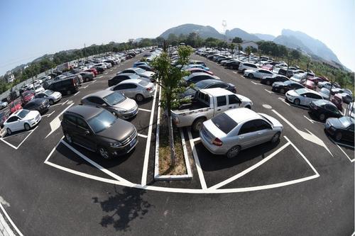 """百万停车场联网率不足3% 为其联网升级的""""泊链联盟""""获2400万Pre-A轮融资"""