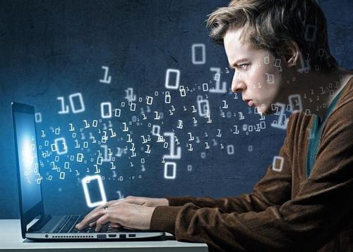 首发 | 北大程序员融1000万建虚拟实验楼 40万同行实操真实项目学编程