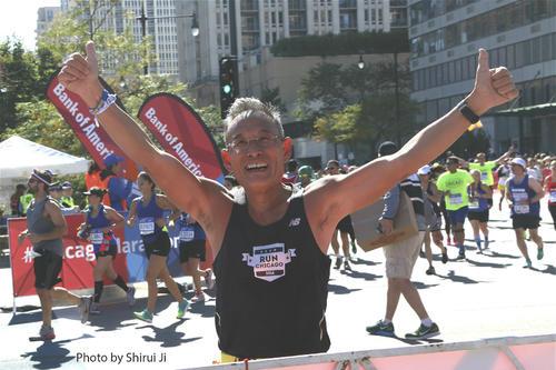 获Pre-A融资 他64岁一年竟跑20场马拉松 旅游揉进赛事服务3万余跑友