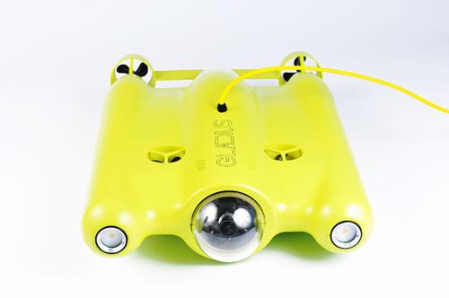 他家水下无人机带只4K眼睛 下潜100米巡航4小时 三月上线众筹