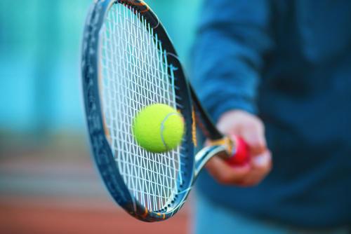 获Pre-A轮融资 他握21片场地12个培训点 30万网球迷来练手