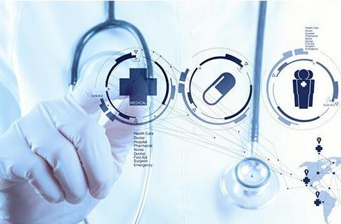 他辞掉3家公司董事后再创业 采60家医院数据评估健康 预计5月面市