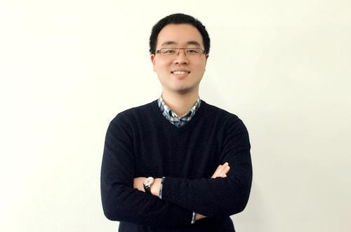 他让编程小白游戏中搭建企业管理应用 十余种模板任用户改造 获投100万