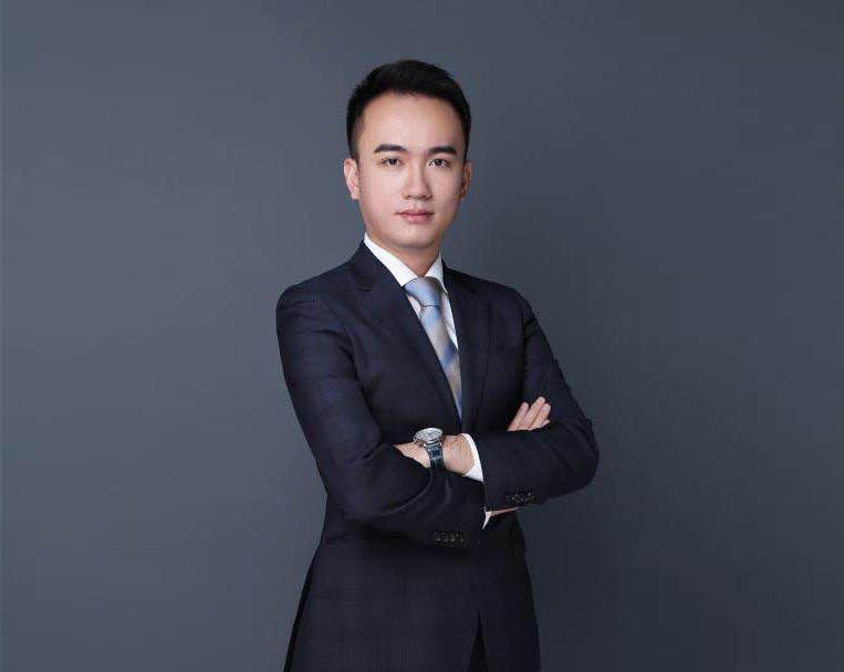 """创立""""财猫金福""""前,白晓彬已有两次创业经历。"""