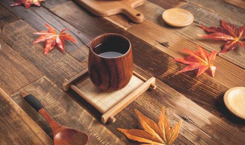 峰瑞领投800万 伯克利法硕做起了茶饮生意 单店月流水25万