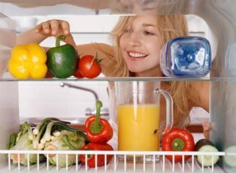 共享冰箱干架零食货架 他在北京铺设80台 20种零食日销3000元