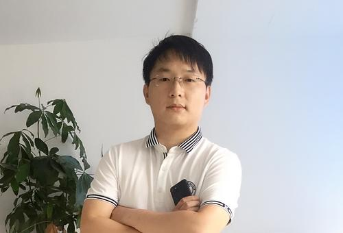 他为职业译者做翻译辅助工具 减20%重复工作量 3个月获1700用户
