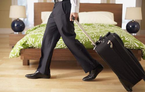 她让客户入住星级酒店 享受升级待遇积分返利 订房低于市价20%