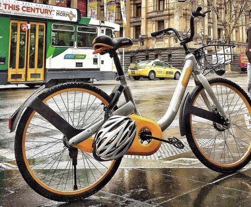 共享单车竟现共享头盔 与摩拜ofo达成合作 将成出海标配?