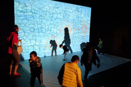 10年央广女主播创场景化人机互动教学 让宝宝在游戏中学英语