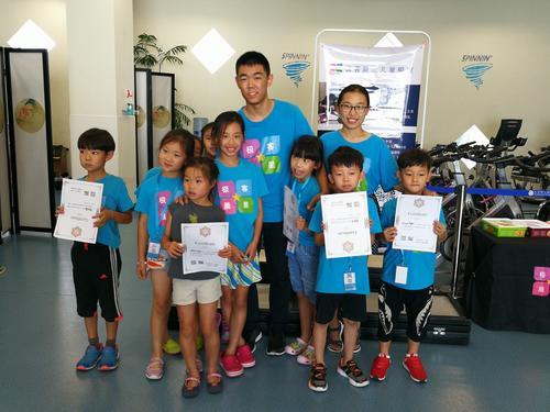 毛大庆投种子轮 她的编程课面向一至七年级孩子 小游戏融入四套课程中