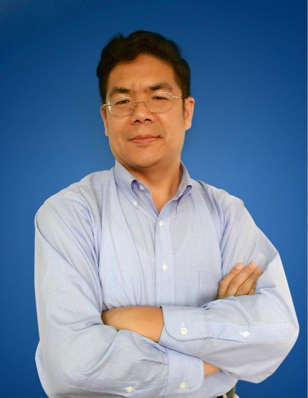 2010年,Steve将盛维卖给华为,随华为到美国工作,2013年从华为离职并创办了Dingtone。