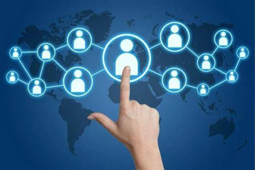 前万能小哥联创做区块链版微信 点对点交流保护隐私 上线1月获3000用户