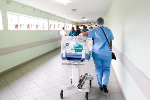20年医药老将引牛津精准医疗技术 服务50家肿瘤医院 获普华资本A轮投资