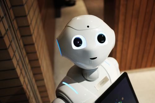 获投2千万:他用机器人自动分拣快递 跟中通邮政合作已完成2000万订单