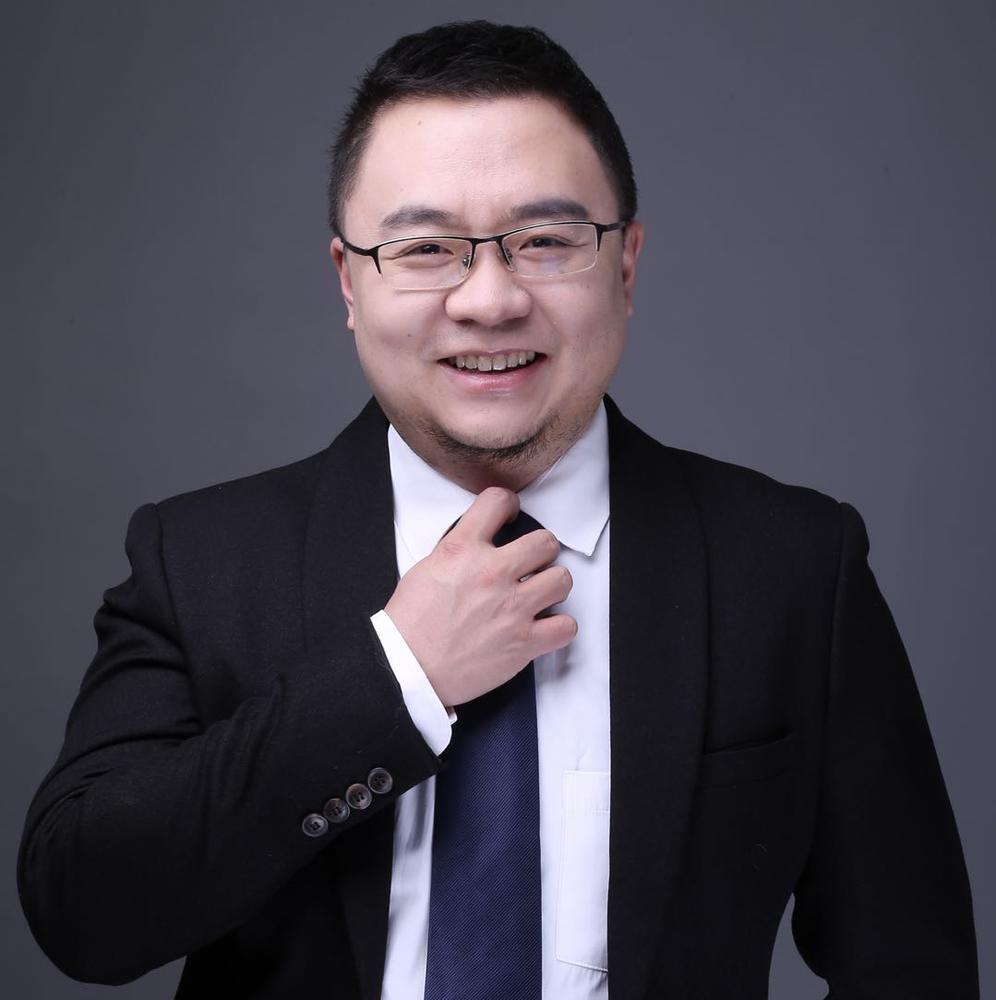 """""""实习Plus""""CEO吴越曾任美国 Trivantis 公司亚太区负责人。"""