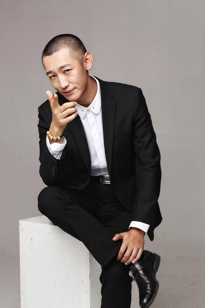 """""""艺术小红花""""创始人张旭毕业于清华大学。"""