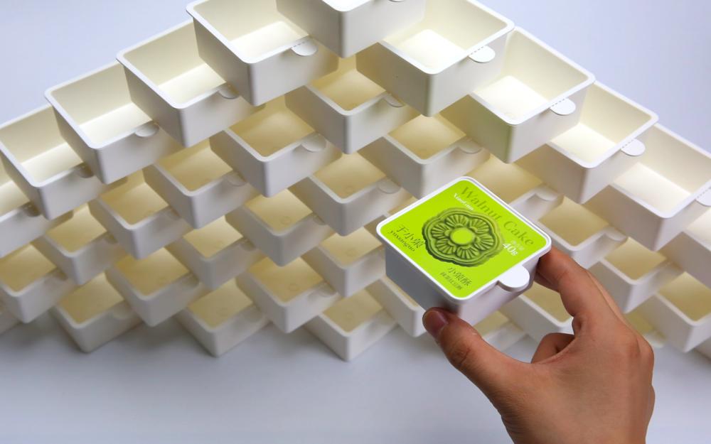 在不使用防腐剂的情况下,小鲜盒利用定制的脱氧剂,能够将点心赏味期维持在90天以上。
