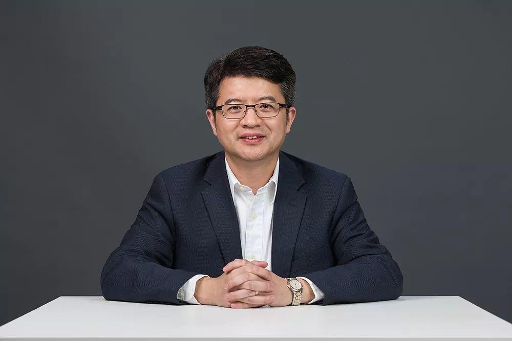 周林曾在美国有3次创业经历,后任Blackboard全球副总裁。