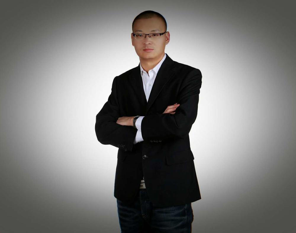 刘召是一位连续创业者,曾任职于华为。