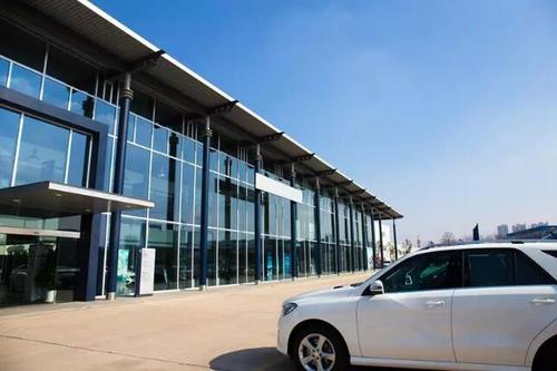 行业变天:汽车经销商如何转型破局?