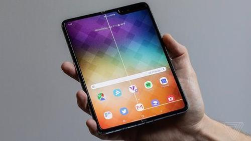 热点丨路透社:三星将召回提供测评的所有Galaxy Fold折叠屏手机