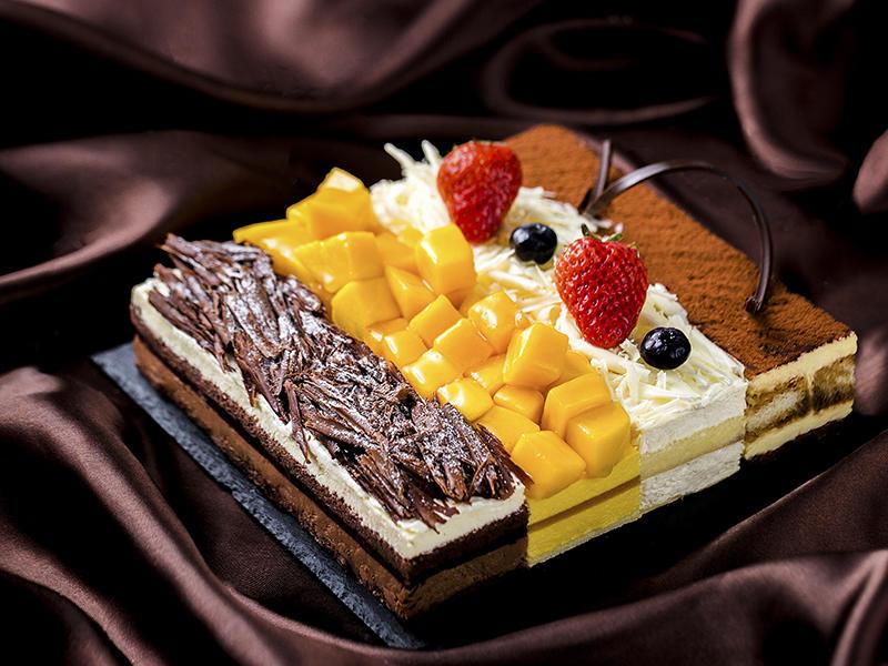 """一次满足用户四种口味的""""四大天王""""蛋糕"""