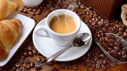 星巴克、瑞幸、连咖啡上演三国杀 新零售三岔路口如何走