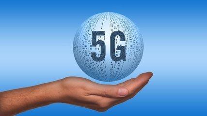 热点   三大运营商在京开通5G基站 2019年5G手机可面市