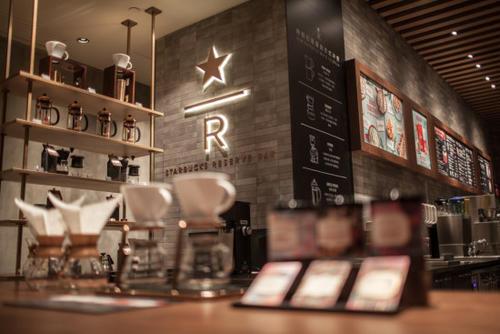 瑞幸咖啡真正的对手不是星巴克 而是便利店