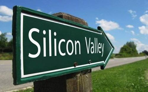 硅谷孵化器的中国江湖