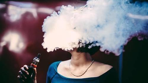 难逃电子烟诱惑?传魅族CMO做电子烟 手机行业增长为0 电子烟却正造富